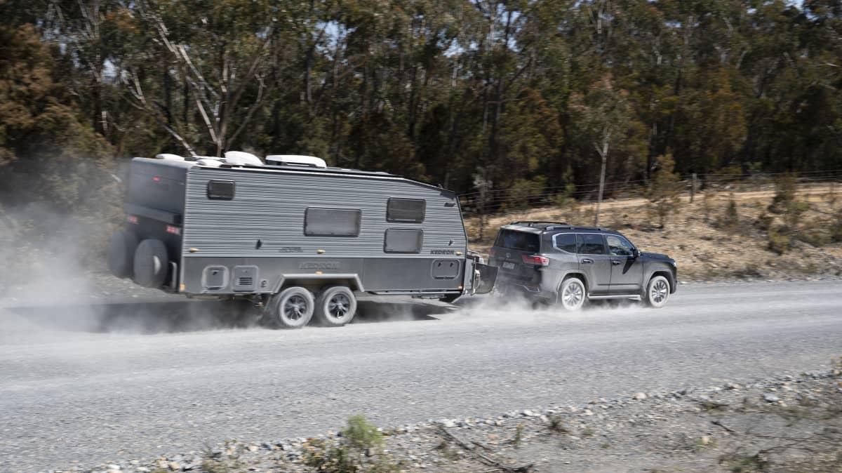 2022 Toyota LandCruiser 300 review-0